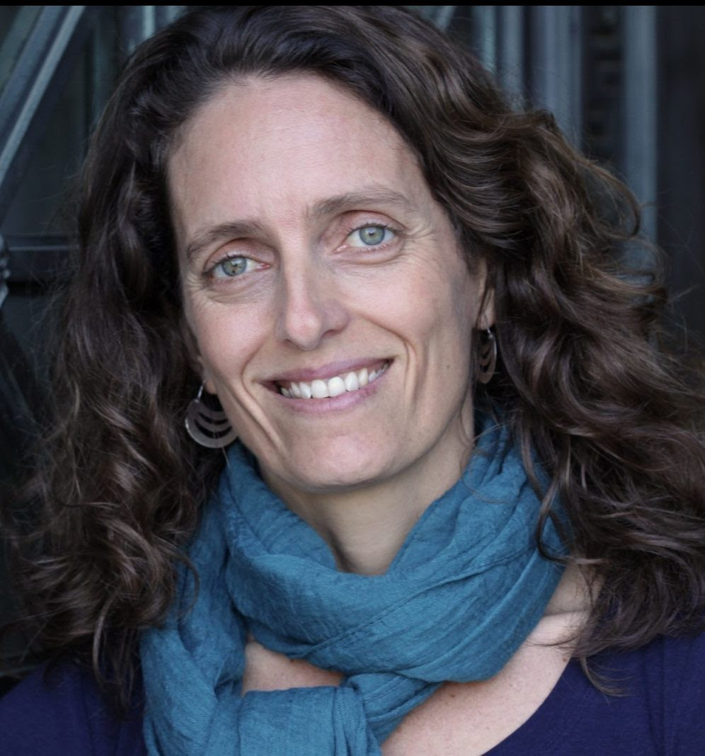 Professor Mara Loveman